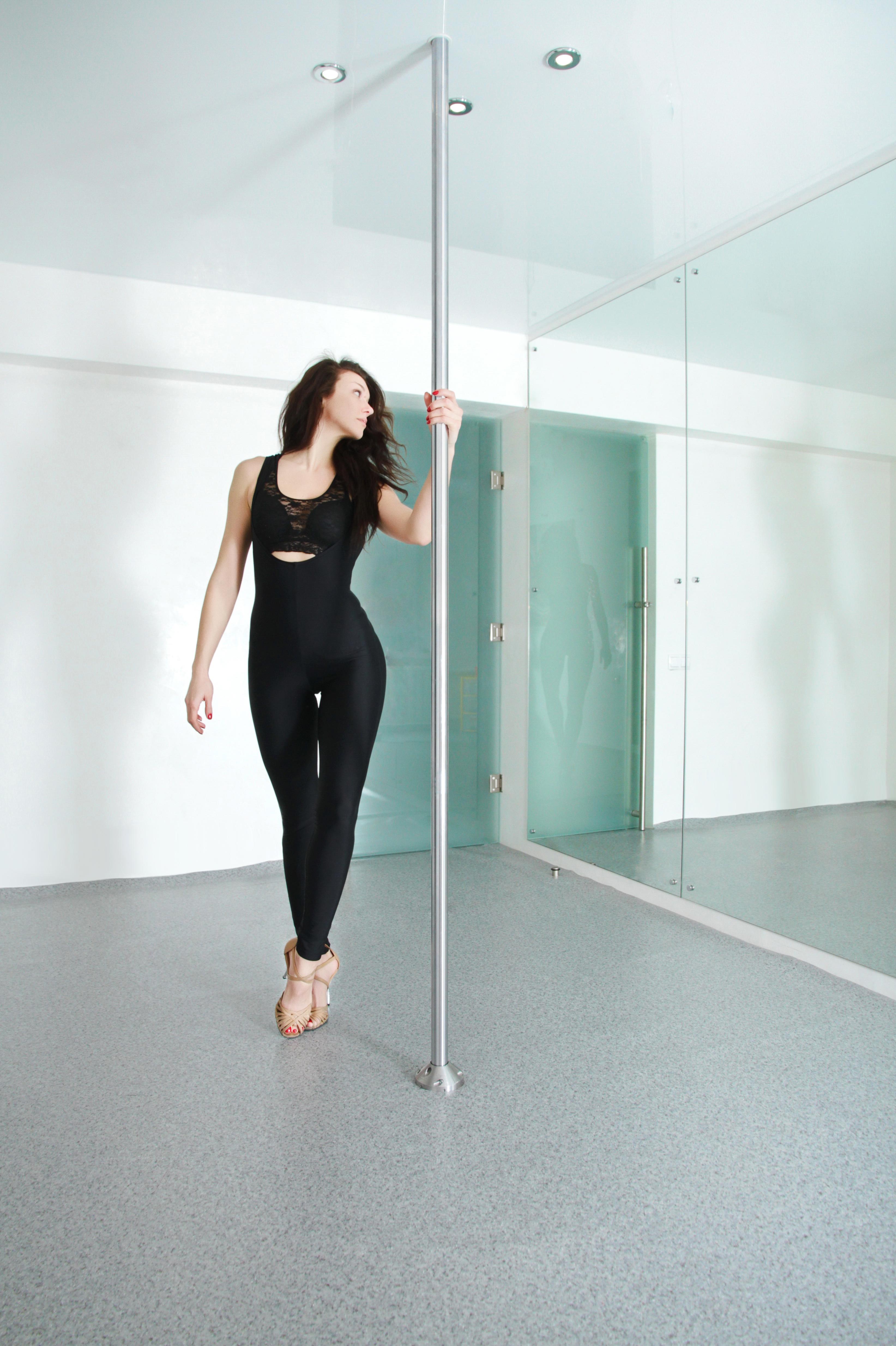 Elementy shestovoj akrobatiki