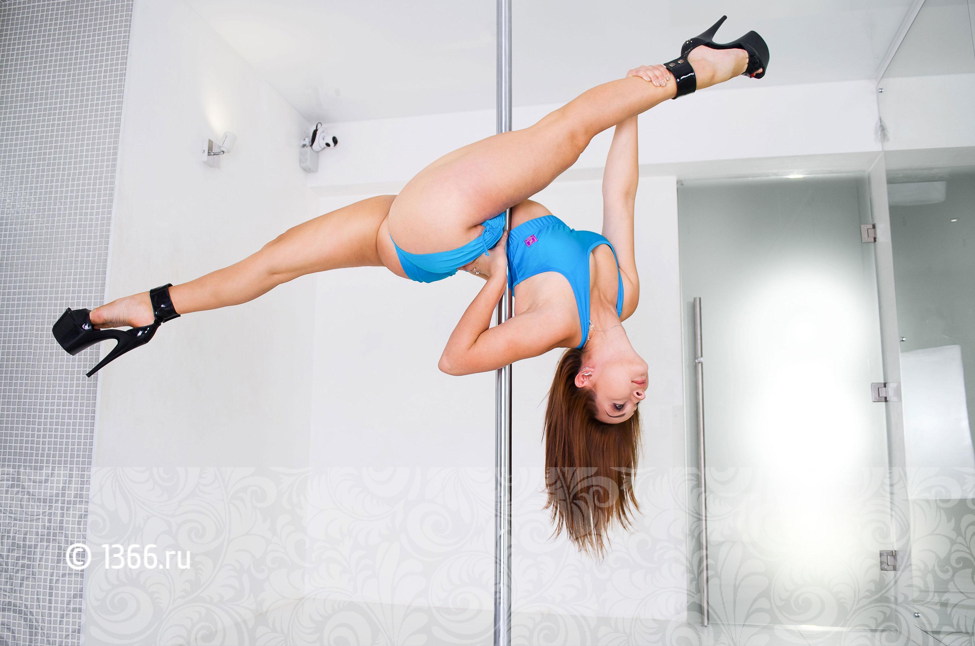 инструктор pole dance