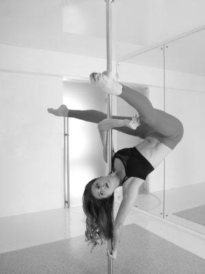 элементы pole dance москва